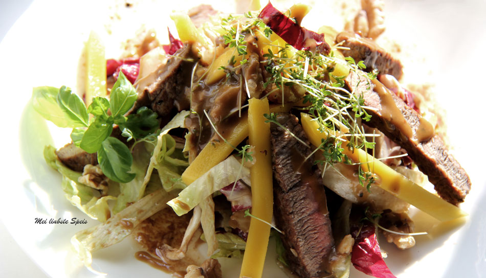 Mango Steak Salat