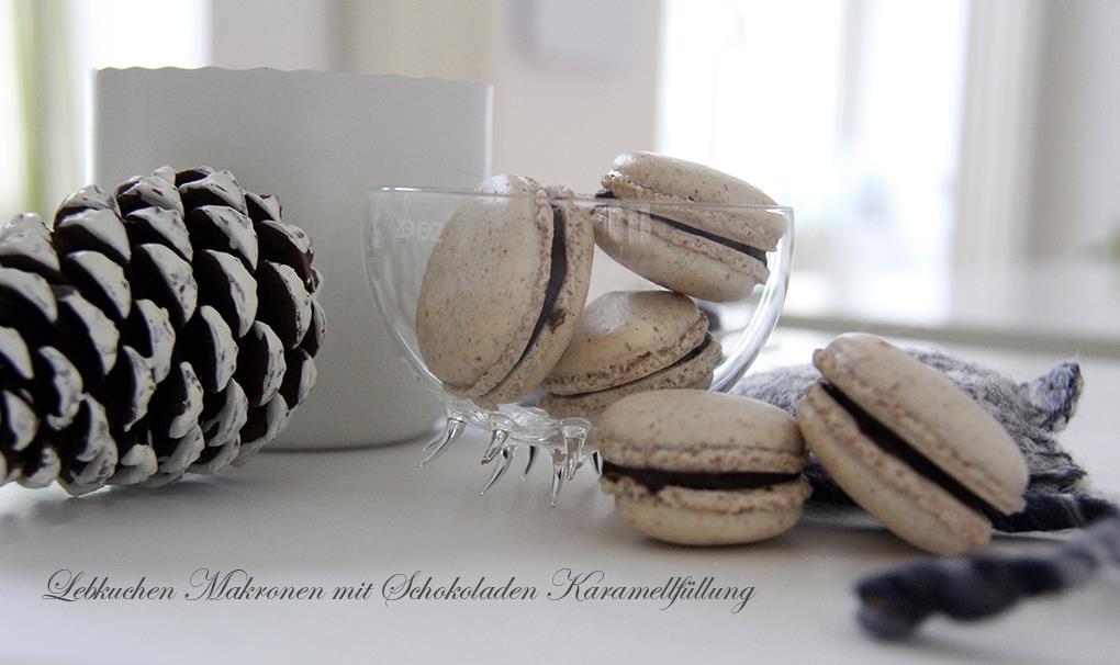 Lebkuchen Macarons mit Schokoladen-Karamell Füllung